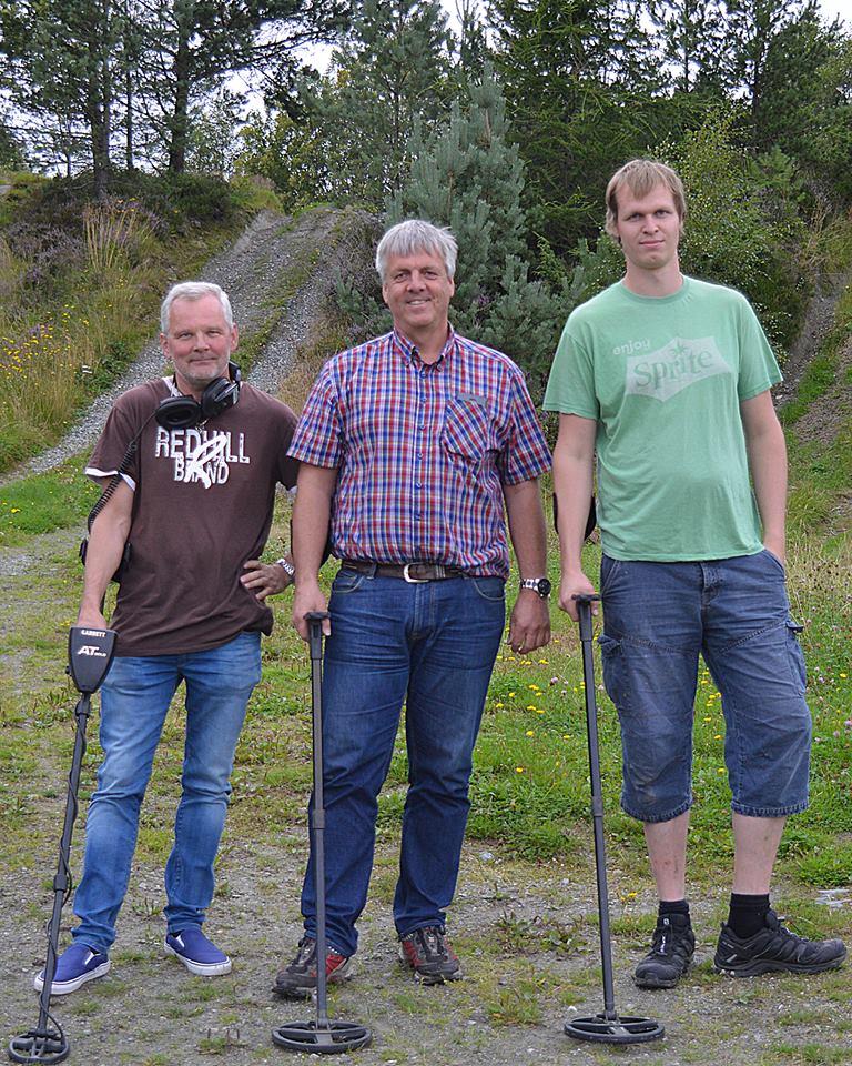 Tre av fire styremedlemmer. Fra venstre Brynjar Eivin og Bård. Lars var ikke tilstede da bildet ble tatt.